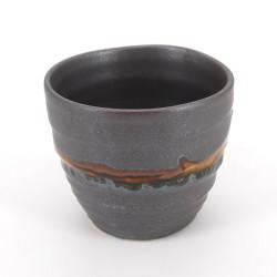 Taza de té japonesa de ceramica, ZUIUN, negra y lineas doradas