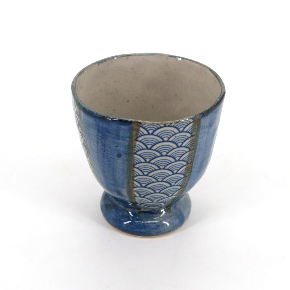 japanese teacup in ceramic SHONZUI blue patterns