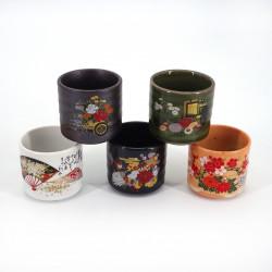 set de 5 tasses à saké japonaises 5 images WANOIROSAI fleurs