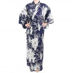 Japanischer traditioneller blauer Baumwoll-Yukata-Kimono in der Iris und im Fluss für Frauen