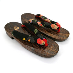 the pair of Japanese hooves Geta, HGT-2 HANA, flowers