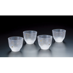 Set of 4 Japanese Sake glasses, SAKURA
