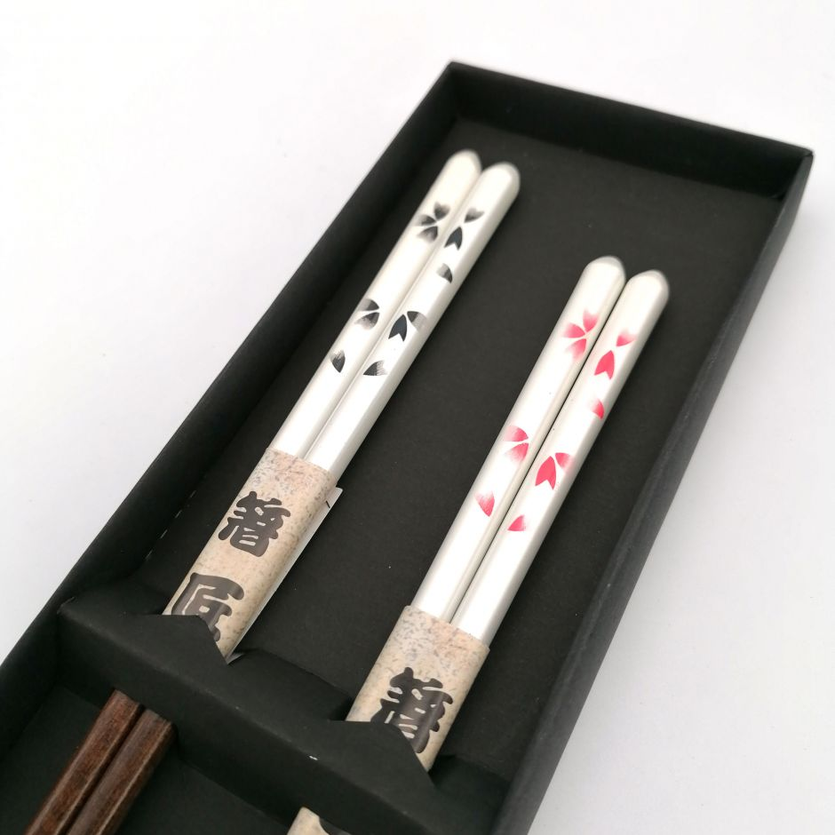Set of 2 pairs of white Japanese wooden chopsticks with red and black cherry blossom pattern, SAKURA ZEN