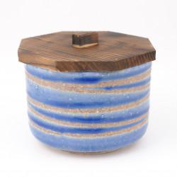 Cuenco de cerámica japonés con tapa de madera.