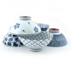 set of 5 chawan rice bowls in Japanese ceramics ISSHONI,White and blue