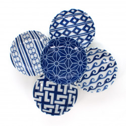5 little dishes set with blue patterns white AI KOMON