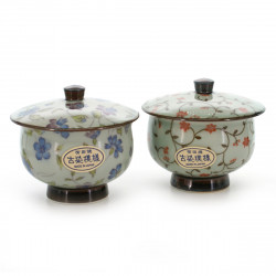 pair of teacups with lid and red blue flower patterns white KOZOME OTOZURE KARAKUSA