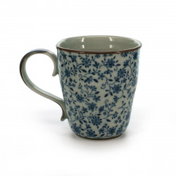 teacup with blue flower patterns white SUÎTO AOI