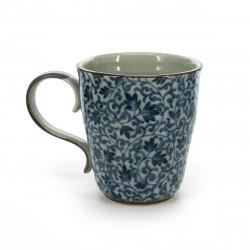 tasse traditionnelle japonaise avec motifs de fleurs bleues TSURU KARAKUSA