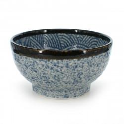 bol de riz traditionnel japonais avec motifs bleus SEIGAIHA