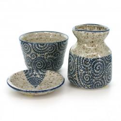 set bouteille tasse et petite assiette motifs tako bleus TAKO-KARAKUSA